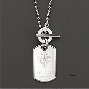 New Authentic GUCCI Crest Dog Tag Toggle Necklace